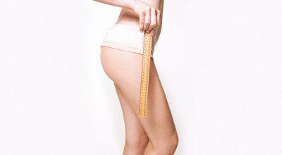 mujer con calzón y regla
