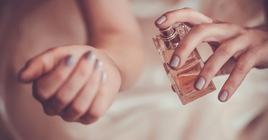 Perfumes-en-pareja-900x470