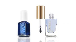 Esmaltes de uñas color azul
