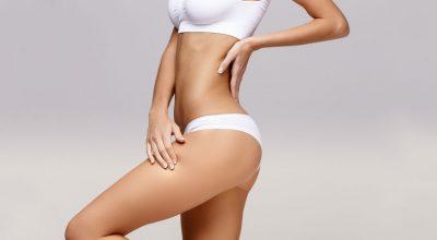 cuerpo de mujer con calzon y bra blanco